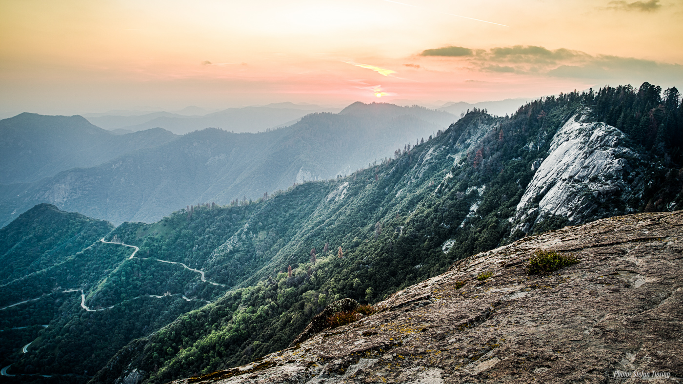 Sunset at Moro Rock (Sequoia National Park)