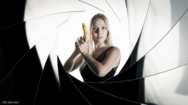 Jane Bond - Banana Affairs