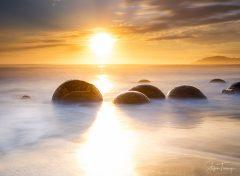 Sunrise at Moeraki Boulders