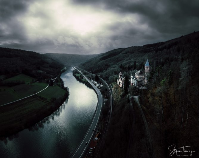 Zwingenberg Castle waiting for the storm