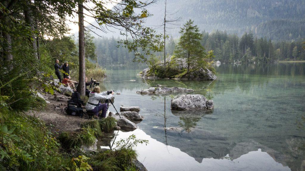Fotografen am Ufer des Hintersee
